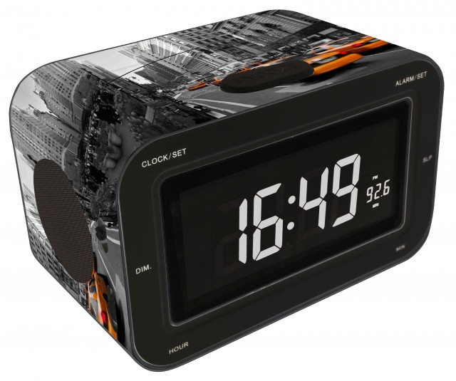 "Radio Alarm Clock ""Yellow Cab"" - Packshot"
