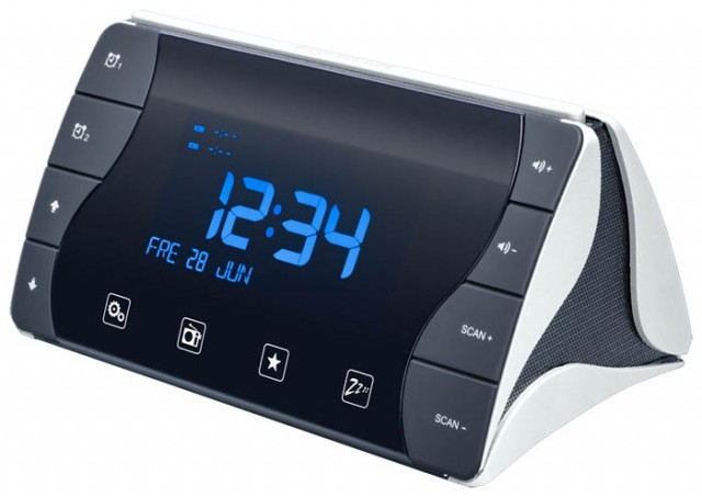 "Radio Alarm Clock ""Tetra"" (Black and White) - Packshot"
