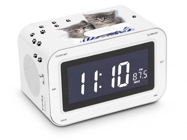 "Radio alarm clock ""Kittens"" - Packshot"
