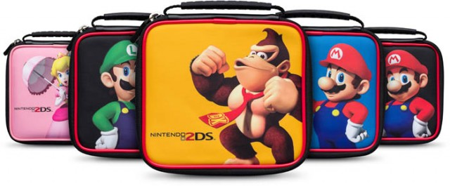 Official Mario® Pouch - Packshot